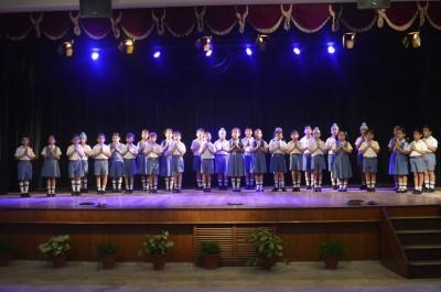 Group singing 1